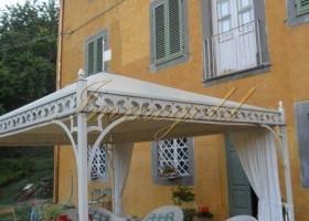 Toscana, Geschichtsträchtige Villa, etwas oberhalb von Lucca