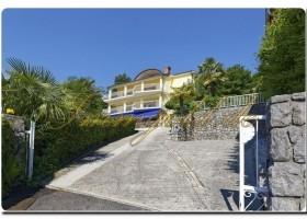 Luxus Villa an der Kroatischen Riviera,