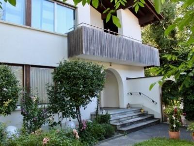 Villa mit Einliegerwohnung mitten im Dorfkern von St. Margrethen!