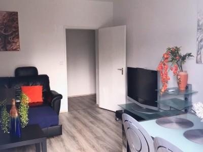 Große 2 Zimmer Wohnung in Steglitz-Lankwitz
