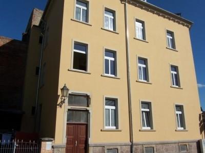 WG-geeignete 3-Zi-Woh, 84m², im Zentrum Grimmas, Hochparterre Preis: 390 € VB