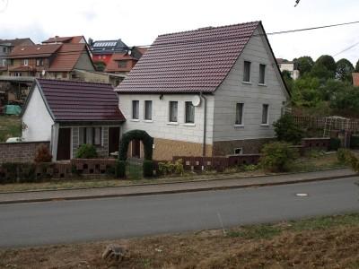 Einfamilienhaus / Eigenheim
