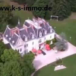 Schloss-Villa in Frankreich in Traumhafter Gegend
