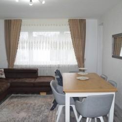 Exklusive, modernisierte 3-Zimmer-Wohnung mit Balkon und Einbauküche in Düsseldorf