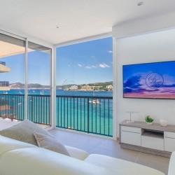 Zwei Schlafzimmer-Design-Wohnung mit großer Terrasse in Santa Ponsa