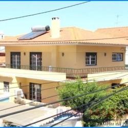 ***Einfamilienhaus in guter und ruhiger Lage, mit rundum-Balkon, sucht neuen Eigentümer***