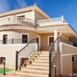 ***Villa mit Panoramablick zu verkaufen***