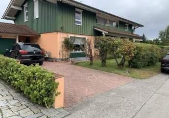 Wunderschöne, topgepflegte EG- Wohnung mit Terrasse/ Garten nahe Traunstein auf sonnigem Grundstück